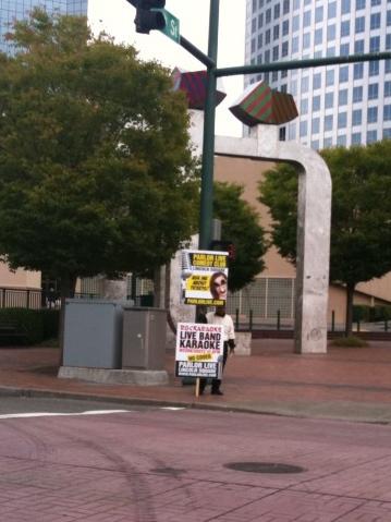 parlor-bellevue-street-signs