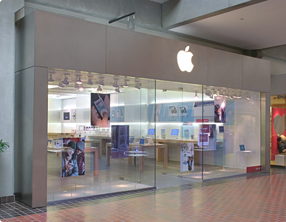 Couple To Get Married At The Apple Store In Bellevue Square Downtown Bellevue Network