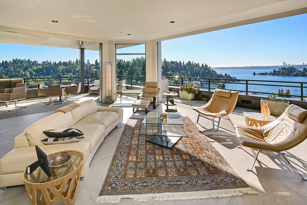 6m penthouse condo at one main st goes pending downtown for 7 salon bellevue square