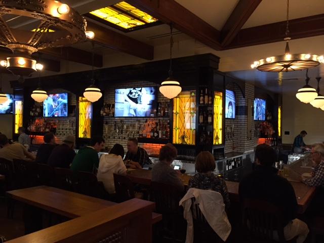 Tavern Hall Bellevue Square_2