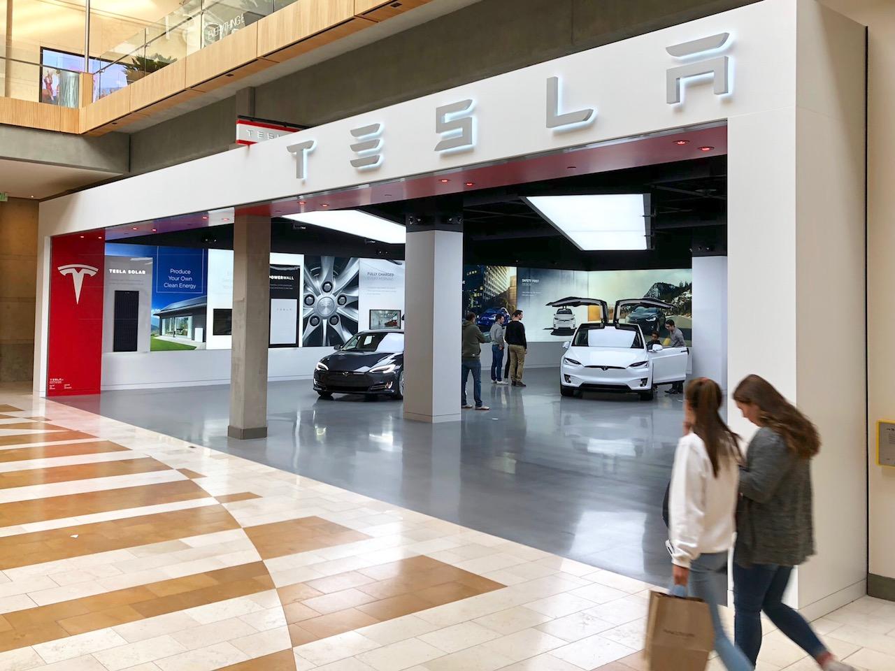 Tesla Opens Larger Showroom At Bellevue Square Downtown Bellevue Network