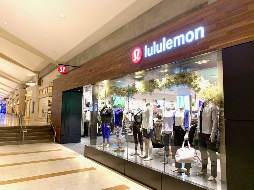 Bellevue Square Mall >> Newly Renovated Lululemon Now Open At Bellevue Square Downtown